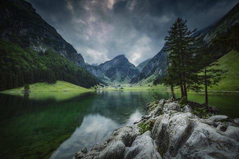 seealpsee, wasserauen, appenzell, appenzeller land, ebenalp, säntis, schweiz, see, alpen, berge, wanderung, wandern, wanderweg, aussicht, dramatisch